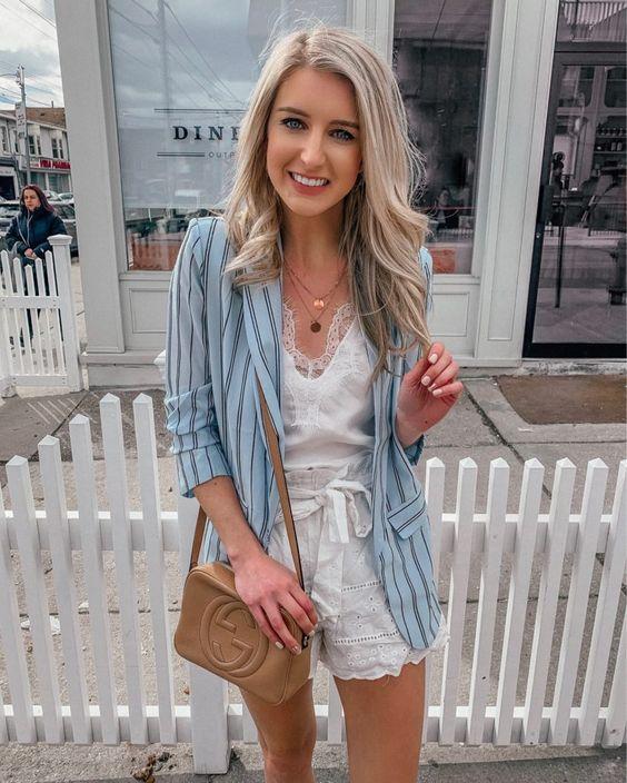Combina shorts paperbag con blazer