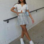 Faldas y top blancos