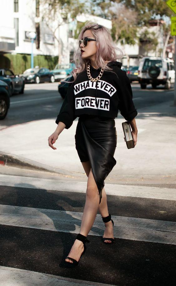 Increíbles ideas de estilo con sudadera para darle el toque chic a tu look casual para mujeres maduras