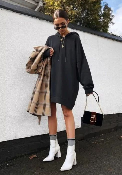 Looks sporty chic con pants oversize