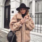 Looks con vestidos y abrigo de borreguita