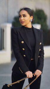 Outfits con blazer para mujeres maduras