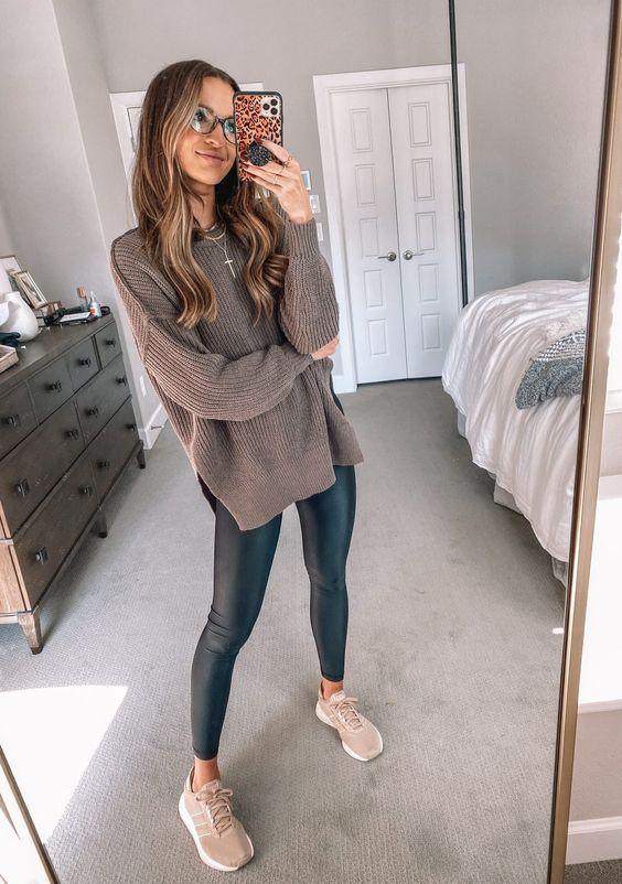 Ideas de outfits básicos con sueters tejidos