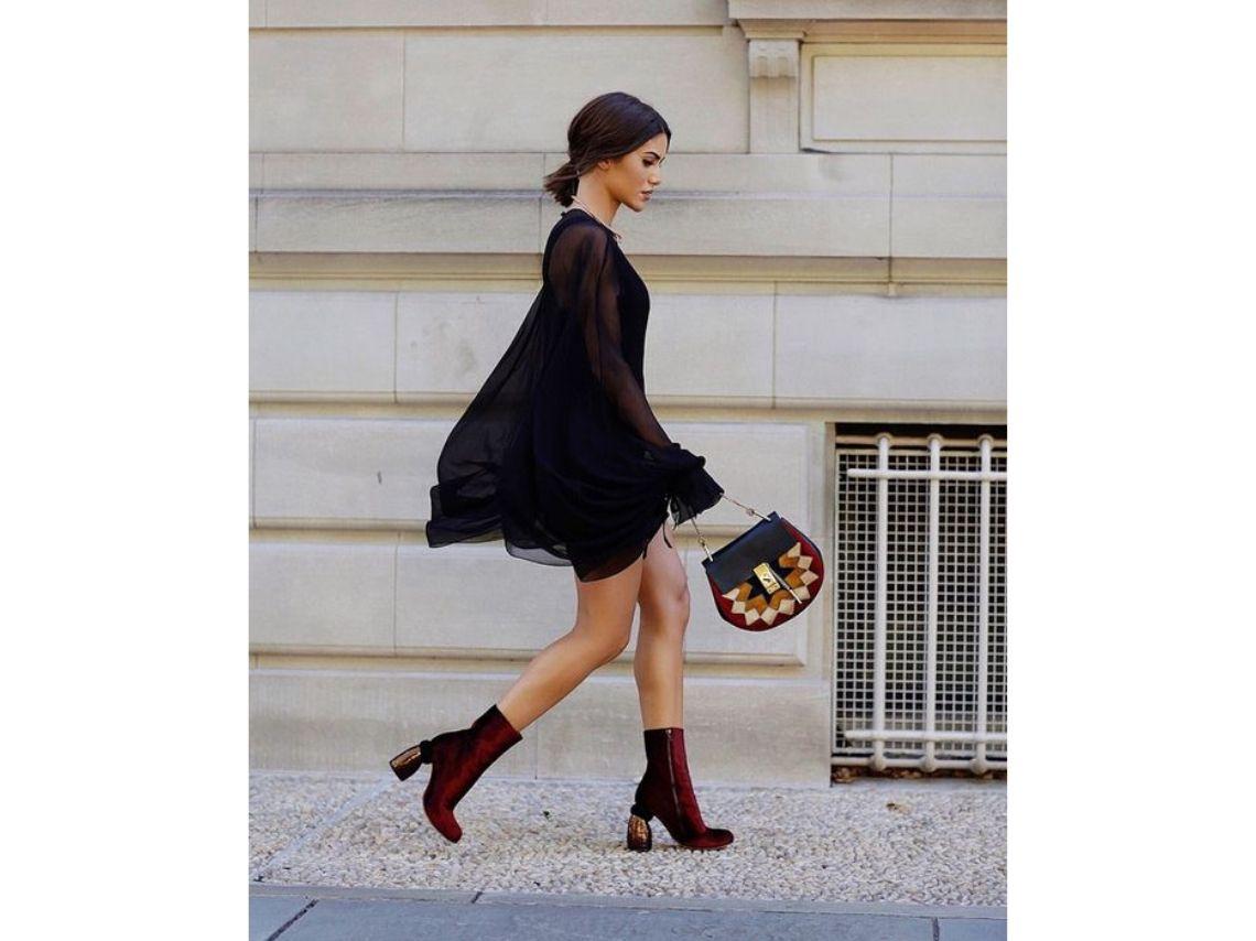 Vestidos con botines aterciopelados