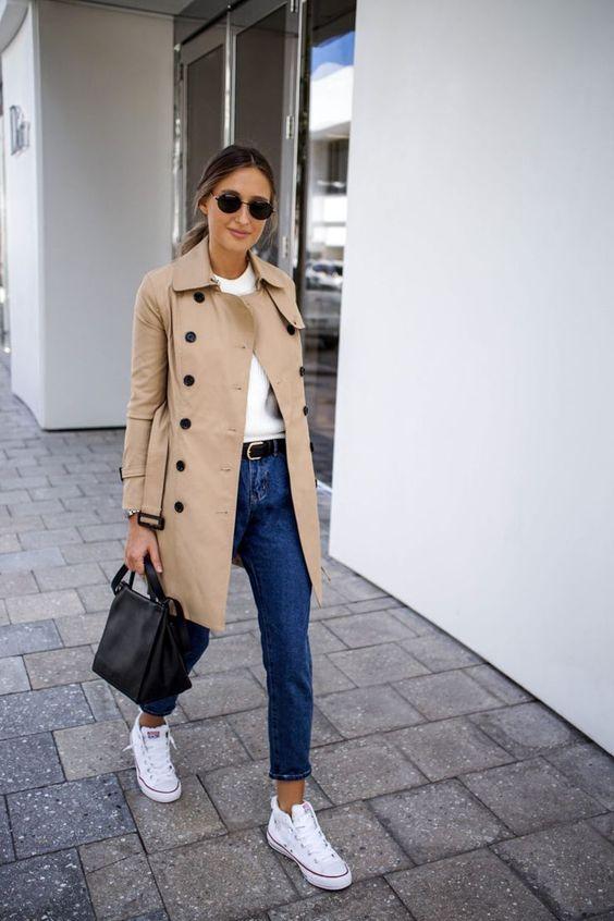 Outfits para mujeres de 30 con gabardina para abrigarte con estilo este otoño