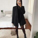 Pantalones negro con top rayado blanco y negro