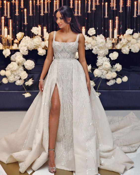 Vestidos de novia juveniles para novias modernas